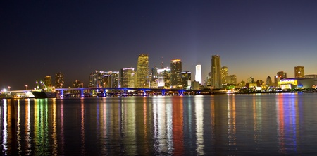 Miami Beach Skyline at night Imagens