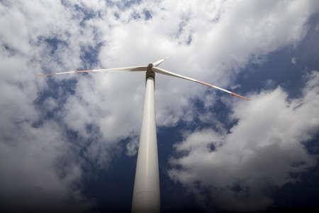 wind tubine Stock Photo - 10981668