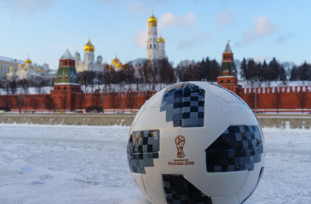 January 22, 2018. Moscow, Russia. The official ball of the FIFA World Cup 2018 Adidas Telstar 18 against the backdrop of the Moscow Kremlin. 新闻类图片