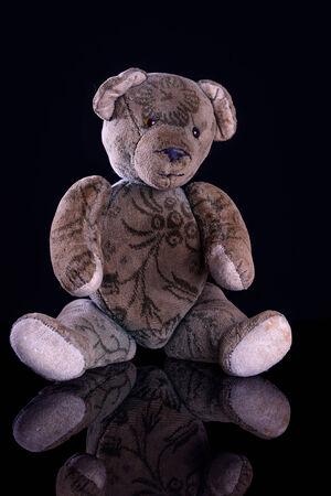 Antique Teddy Mit Einem Goldenen 1 Euro Münze Reflektiert Auf