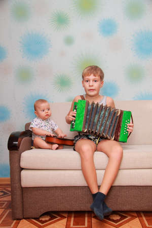 musical ensemble of two brothers