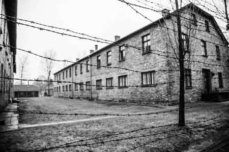 Black and White image of Auschwitz 에디토리얼