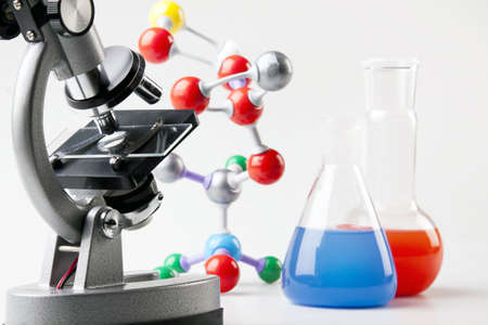 quimica organica: Microscopio, viales y cadena de la mol�cula