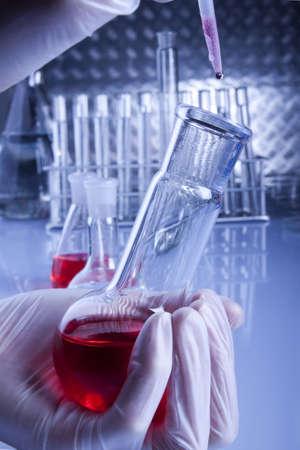 chemic: Prove di una strega Pure Red Fluid