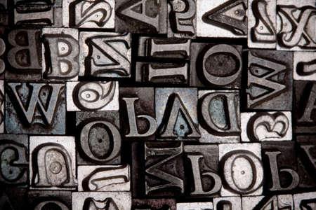 offsetdruck: Metall Schriftart
