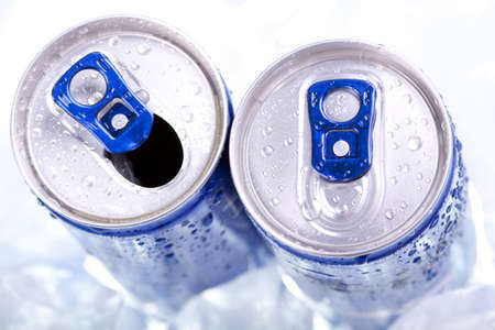 soft drink: drink can closeup