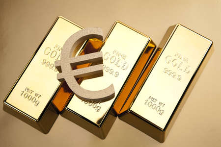 precious metal:  gold bars, studio shots, closeup