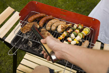 barbequing: Cook and barbeque in the garden, really tasty dinner
