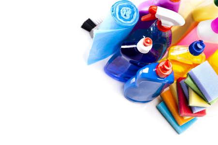 detersivi: Articoli per la pulizia isolato su sfondo bianco