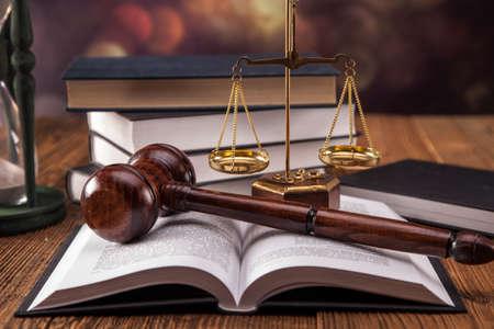 말렛, 법적 코드와 정의의 저울. 법률 개념, 스튜디오 촬영