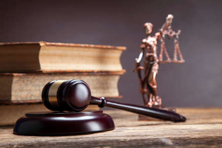derecho penal: Mazo de la justicia!