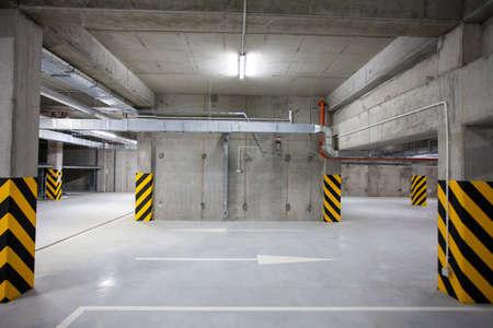 multi-station underground garage for vehicles