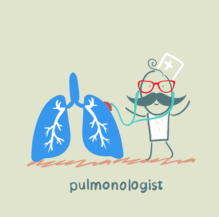 internist: pulmonologist listens body lungs