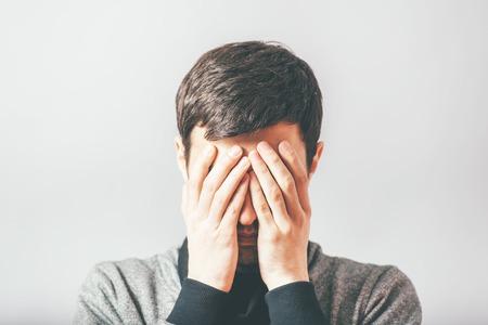 soledad: hombre en la desesperación