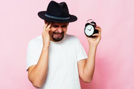 Clock, Man delay 版權商用圖片 - 143202386
