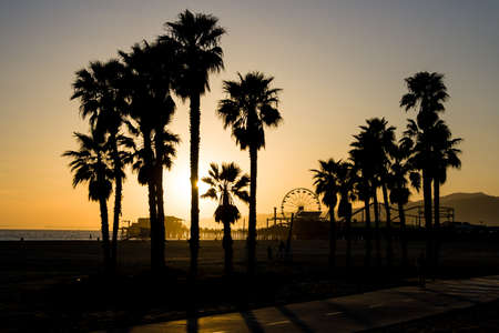 A Santa Monica sunset on a warm day in Los Angeles, California, USA 写真素材