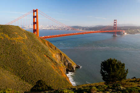 A view at midday of the Golden Gate Bridge towards downtown San Francisco  From Conzelman Rd in California, USA  Banco de Imagens