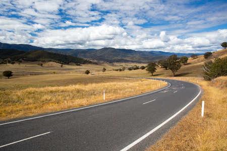 the snowy mountains: Australian Road Scene near Snowy Mountains