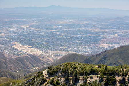 sprawl: The view over San Bernardino from Hwy 18 on a clear, hot summers day in Los Angeles, California, USA