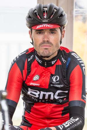evans: MELBOURNE, AUSTRALIA - FEBRUARY 1: Samuel Sanchez  before the start of the inaugral Cadel Evans Great Ocean Road Race