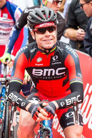 evans: MELBOURNE, AUSTRALIA - FEBRUARY 1: Cadel Evans on the start line at the inaugral Cadel Evans Great Ocean Road Race