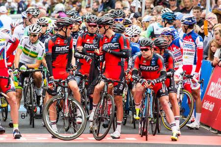 evans: MELBOURNE, AUSTRALIA - FEBRUARY 1: Team BMC before the start of the inaugral Cadel Evans Great Ocean Road Race