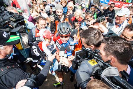 evans: MELBOURNE, AUSTRALIA - FEBRUARY 1: Cadel Evans with media in the inaugral Cadel Evans Great Ocean Road Race Editorial