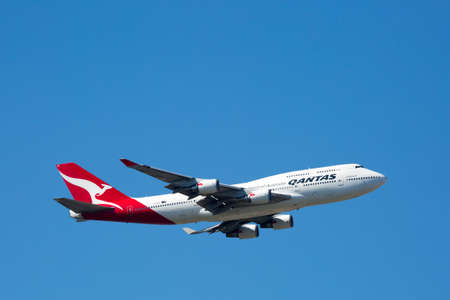Qantas Boeing 747-400 Flying