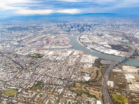 墨尔本CBD鸟瞰图在一个风雨如磐的天的在墨尔本澳大利亚
