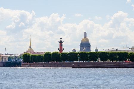 Arrow of Vasilievsky Island in St. Petersburg. Russia 報道画像