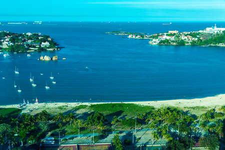 canto: Praia do Canto Canto Beach in Vitoria, Espirito Santo, Brazil