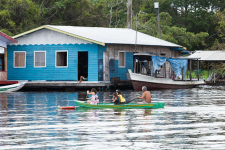 residential houses: Floating houses in Manaus, Amazon, Brazil