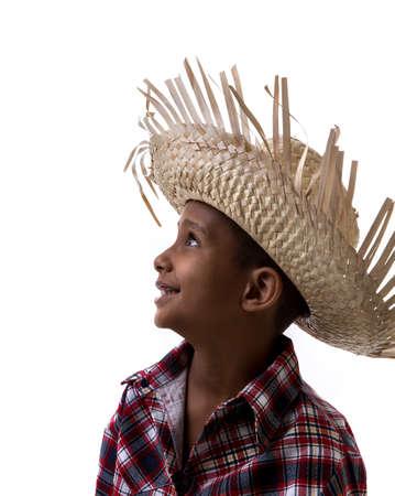beau jeune homme: costume br�silien gar�on portant pour le Parti Junina br�silien Festa Junina Banque d'images