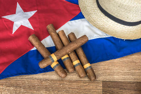 bandera cuba: tabla de conceptos de Cubana de algunos artículos relacionados