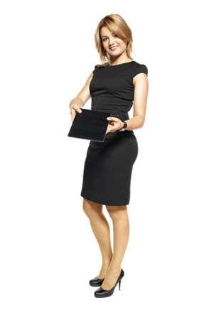 hôtesse: Portrait de femme d'affaires femme d'affaires isol� sur fond blanc attrayant montrant tablette num�rique