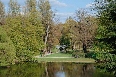 Lazieni Park in Warsaw in spring time Standard-Bild