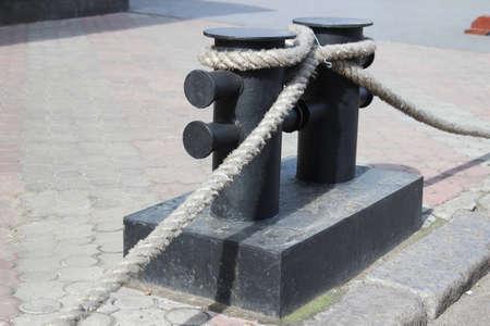 Bitt with rope Imagens