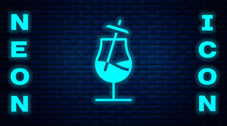Glowing neon Cocktail icon isolated on brick wall background. Vector 向量圖像