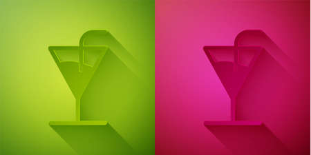 Paper cut Cocktail icon isolated on green and pink background. Paper art style. Vector 向量圖像