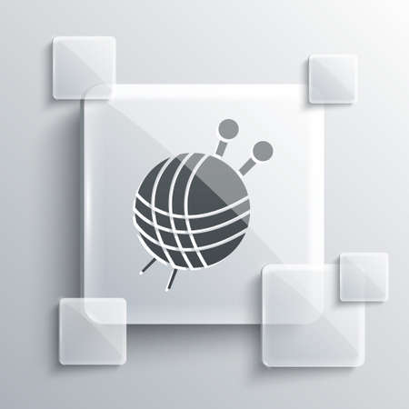 Grey Yarn ball with knitting needles icon isolated on grey background. Label for hand made, knitting or tailor shop. Square glass panels. Vector Иллюстрация