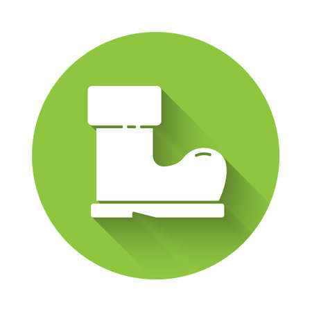 White Waterproof rubber boot icon isolated with long shadow. Gumboots for rainy weather, fishing, gardening. Green circle button. Vector Illustration Ilustração