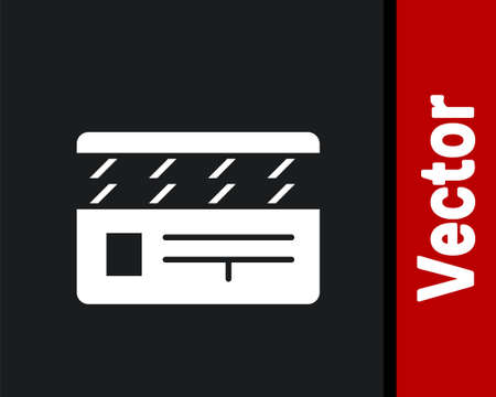 White Movie clapper icon isolated on black background. Film clapper board. Clapperboard sign. Cinema production or media industry. Vector Illustration. Vectores