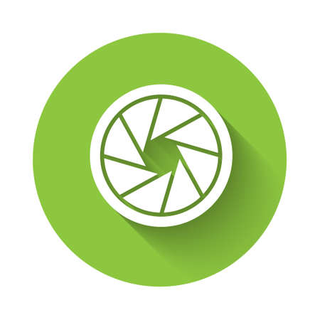 White Camera shutter icon isolated with long shadow. Green circle button. Vector Illustration