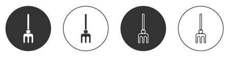 Black Garden rake icon isolated on white background. Tool for horticulture, agriculture, farming. Ground cultivator. Circle button. Vector Illustration 일러스트