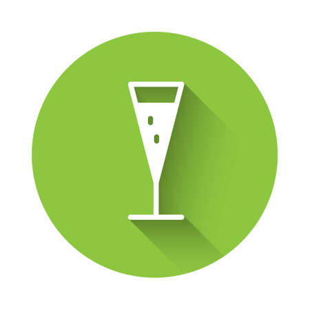 White Glass of champagne icon isolated with long shadow. Green circle button. Vector Illustration 矢量图像