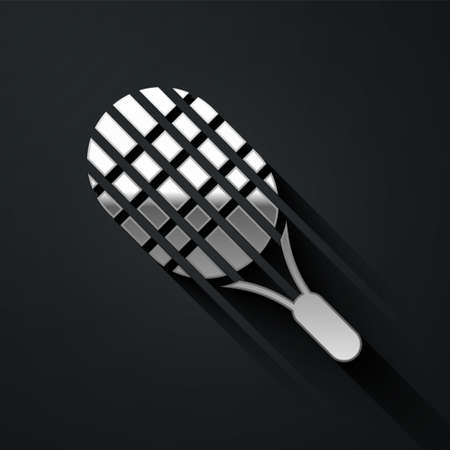 Silver Tennis racket icon isolated on black background. Sport equipment. Long shadow style. Vector Illustration 向量圖像