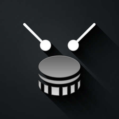 Silver Drum with drum sticks icon isolated on black background. Music sign. Musical instrument symbol. Long shadow style. Vector Illusztráció