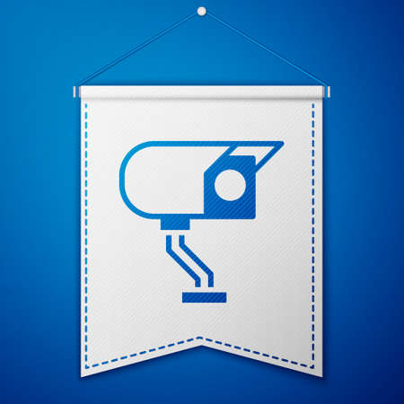 Blue Security camera icon isolated on blue background. White pennant template. Vector Ilustração