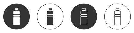 Black Fitness shaker icon isolated on white background. Sports shaker bottle with lid for water and protein cocktails. Circle button. Vector Vettoriali