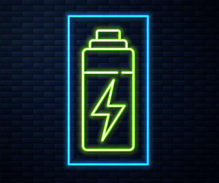 Glowing neon line Battery icon isolated on brick wall background. Lightning bolt symbol. 向量圖像